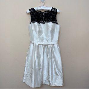 Signature Ivory White Black Lace Sleeveless Dress